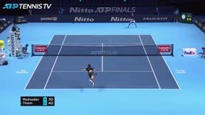 Medvedev gana a Thiem y gana las ATP Finals