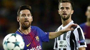 Pjanic sueña con jugar junto a Leo Messi