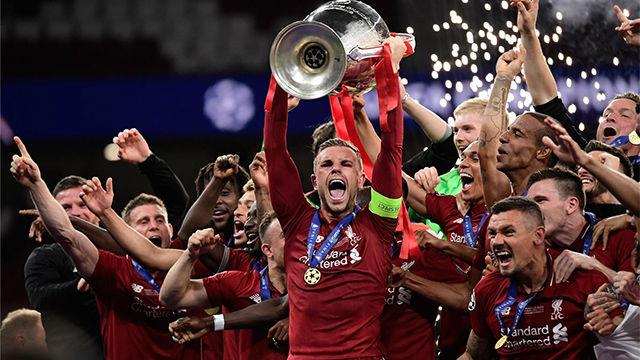 Revive toda la celebración del Liverpool en el césped tras coronarse campeón