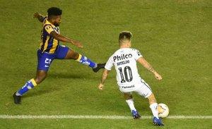 Santos derrotó 2-1 a Delfín en Ecuador