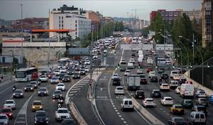 Accesos a Barcelona por la Meridiana a primera hora de la mañana