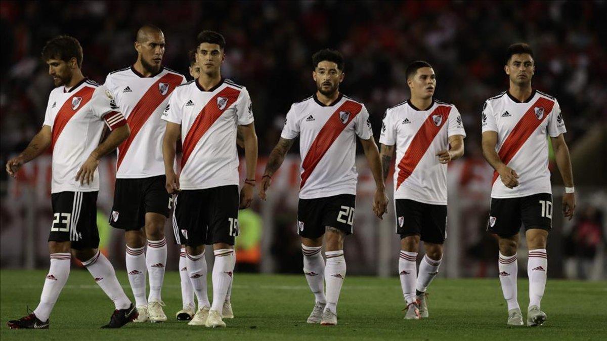 River Plate vs. Gremio  millonarios cayeron por Copa Libertadores 444f438b97d28
