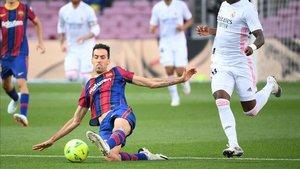 Busquets jugó contra el Madrid