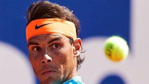 Nadal sufrió en su debut