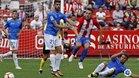 El Reus aguantó hasta el minuto 94 sin encajar en El Molinón