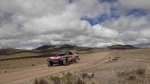 Sainz toma el control en el Rally Dakar