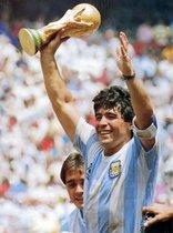 Todas las canciones dedicadas a Diego Armando Maradona para poder recordarle eternamente