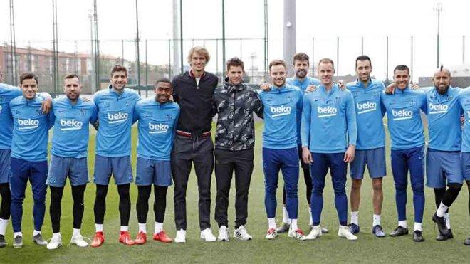 Hilo del FC Barcelona Zverev-thiem-entrenamiento-1555851639924