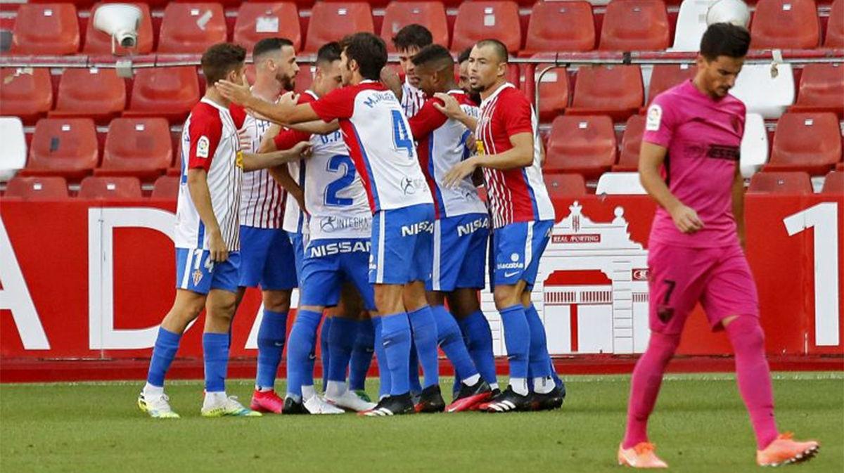 El Real Sporting vence 2-1 al Málaga y se lleva los tres puntos