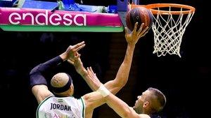 Endesa es patrocinador de la liga nacional de baloncesto