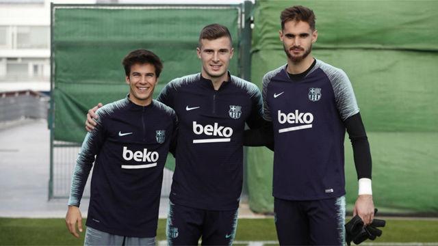 Ezkieta, Peña y Riqui Puig en el entrenamiento del primer equipo del Barça