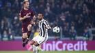 Ivan Rakitic envió la pelota al poste en Turín