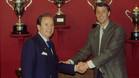 Josep Lluís Núñez y Johan Cruyff sellaron un histórico acuerdo la noche del miércoles 4 de mayo de 1988 en las oficinas del FC Barcelona