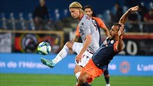 Kasper Dolberg en su primer partido con el Niza