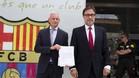 Lluís Geli y Agustí Benedito, a la salida de las oficinas del FC Barcelona