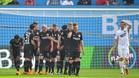 Los jugadores del Bayer Leverkusen festejan la primera diana ante el Eintracht Frankfurt