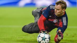 Manuel Neuer vuelve a participar en parte del entrenamiento con el Bayern