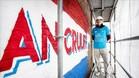 Paulo Consentino, el autor del gigantesco mural en homenaje a Cruyff
