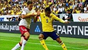 Suecia y Dinamarca se enfrentaron en el derbi escandinavo.