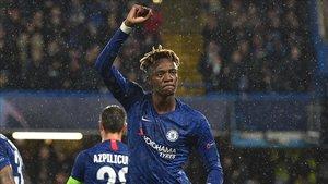 Tammy Abraham, delantero del Chelsea, desea jugar contra el Barça
