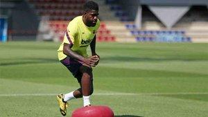 Umtiti busca una salida del Barcelona