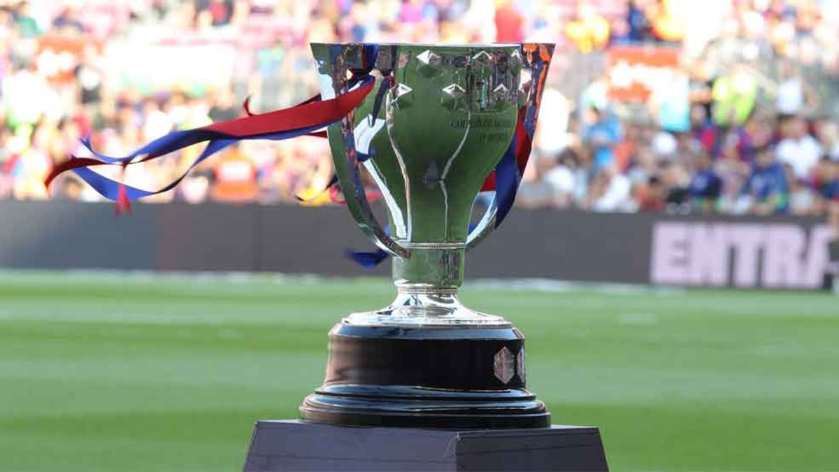La Liga Want To Change Ridiculous Trophy Hand Out Time