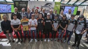 Foto de familia en la presentación del GP de Catalunya en Montjuïc