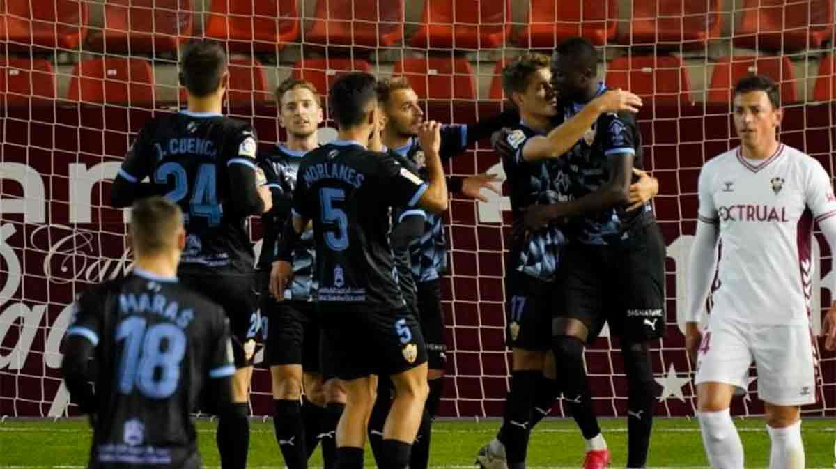 El Almería se impone en Albacete