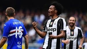 Cuadrado celebra su gol, que dio la victoria a la Juventus