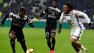 Denayer fue sustituido contra el Guingamp