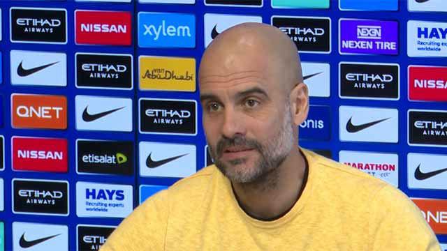 Guardiola vuelve a corregir a un perdiodista cuando le habla de sus títulos