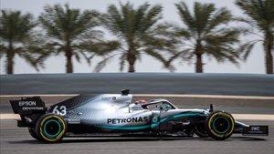 Russell, a los mandos del Mercedes, en Bahrein