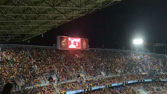 Sonada pitada a Piqué en Málaga