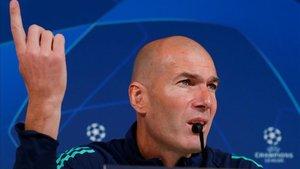 Zidane vuelve a comparecer en la sala de prensa