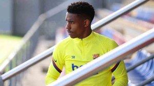 El Barcelona pondrá a Junior Firpo en el mercado