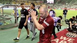 Iniesta no estaba contento de su debut con el Vissel Kobe