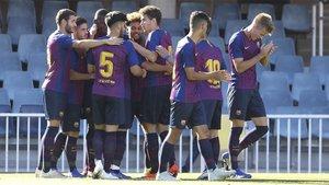 El Juvenil del Barça celebra uno de sus goles frente al Inter en la Champions Youth League