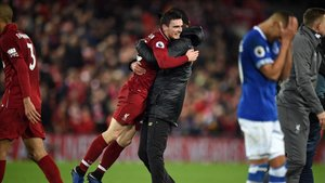 Klopp festejó el gol del Liverpool en el centro del campo