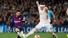 Leo Messi ha convertido en gol dos latigazos ante el Manchester United