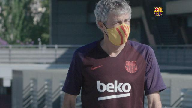 Los técnicos del Barça ya lucen las mascarillas culés en el entrenamiento de hoy