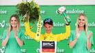 Porte celebra el maillot amarillo