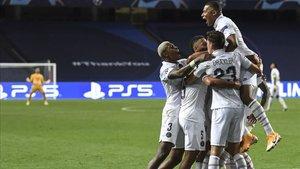 El PSG accedió a las semifinales de la Champions League