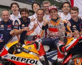 Puig y Márquez, con el equipo en Misano