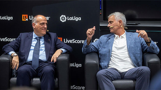 Tebas: Tener a Mourinho en LaLiga, me da igual el equipo, sería importante