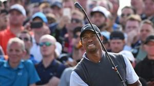 Woods, con grandes opciones de victoria en Carnoustie