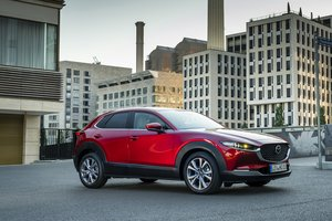 mazda-cx-30 exterior soul-red-crystal 11