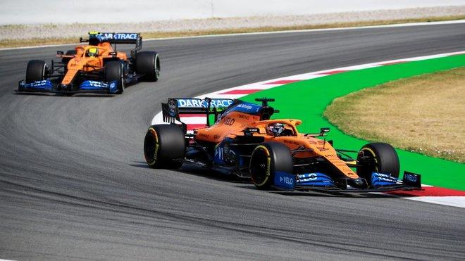McLaren cambia el chasis del coche de Carlos Sainz