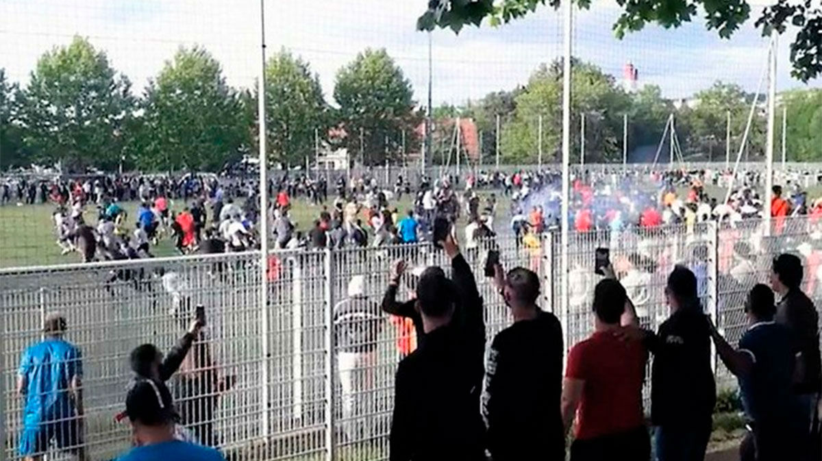 ¡400 personas juntas! Así fue la invasión de campo en Estrasburgo que indigna a la población
