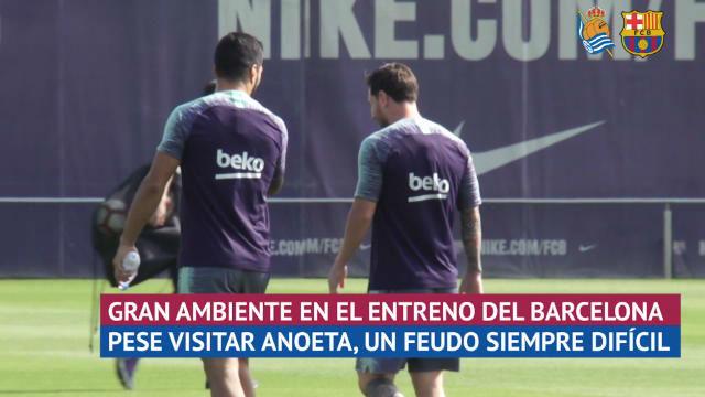 Buen ambiente en el entrenamiento de Barça antes de visitar Anoeta