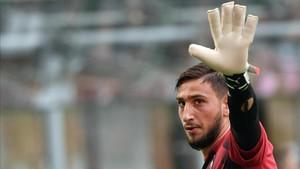 Donnarumma niega haber sufrido violencia moral en el Milan